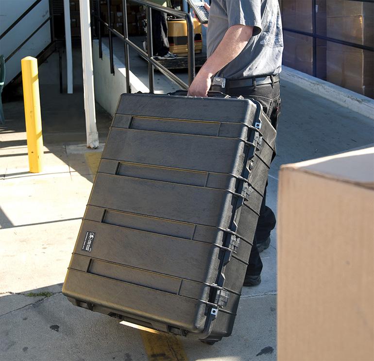 pelican-1730-rolling-transport-hard-cases