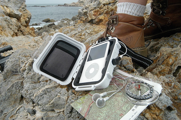 pelican-micro-case-i1010-apple-ipod-hardcase