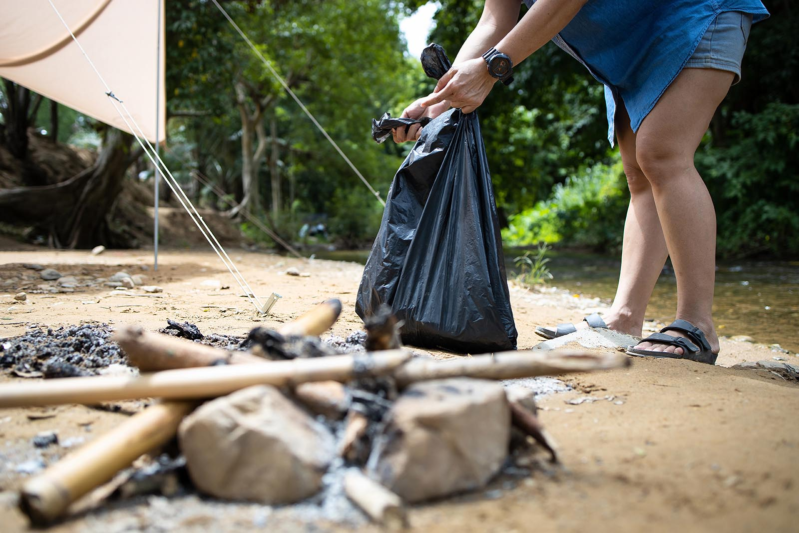 clean up camping site