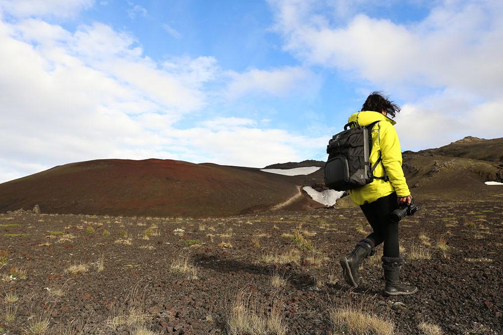 hiking camera backpack