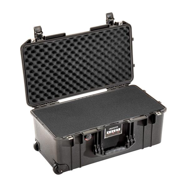 pelican 1556 air protective camera case