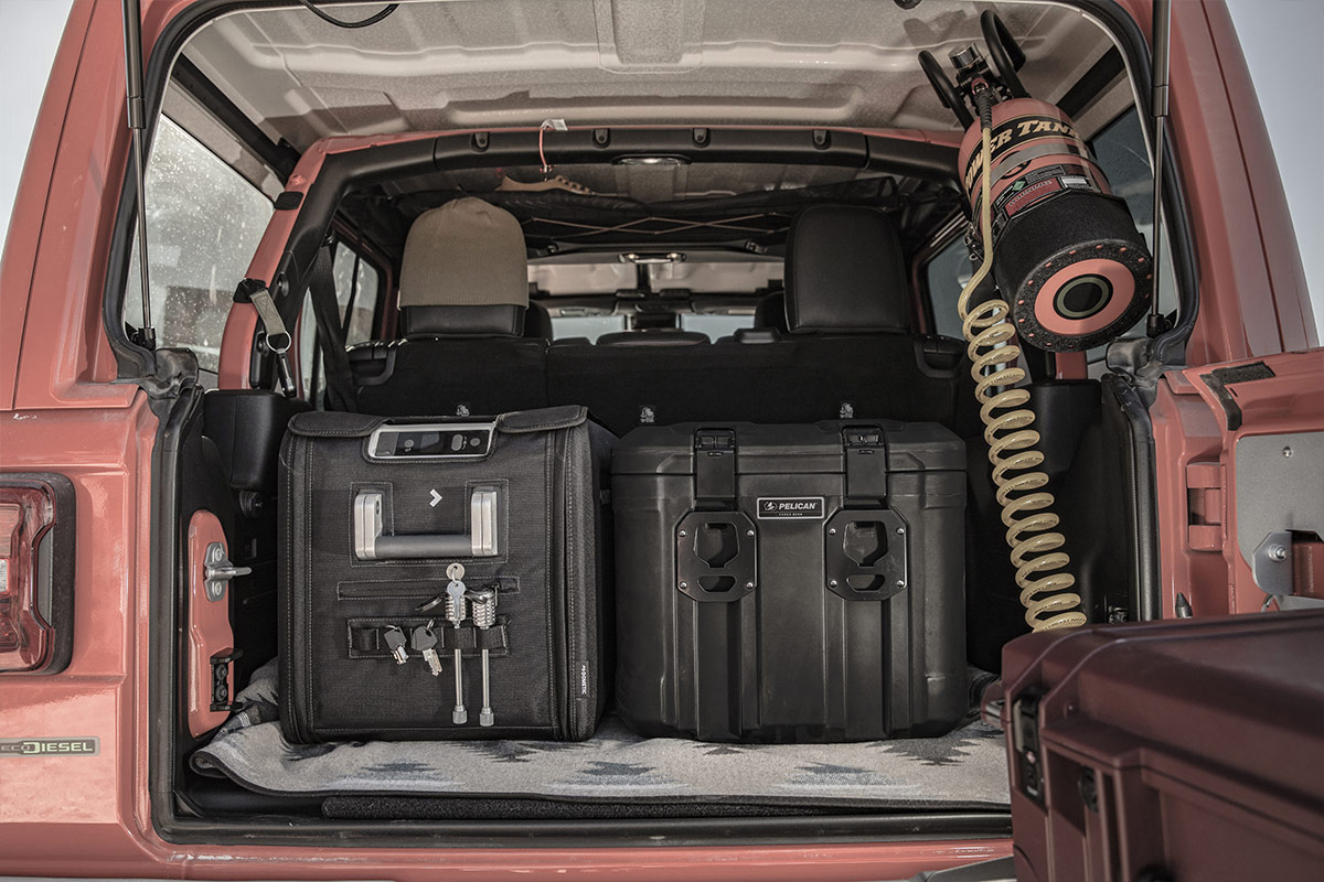 pelican cargo cases group set