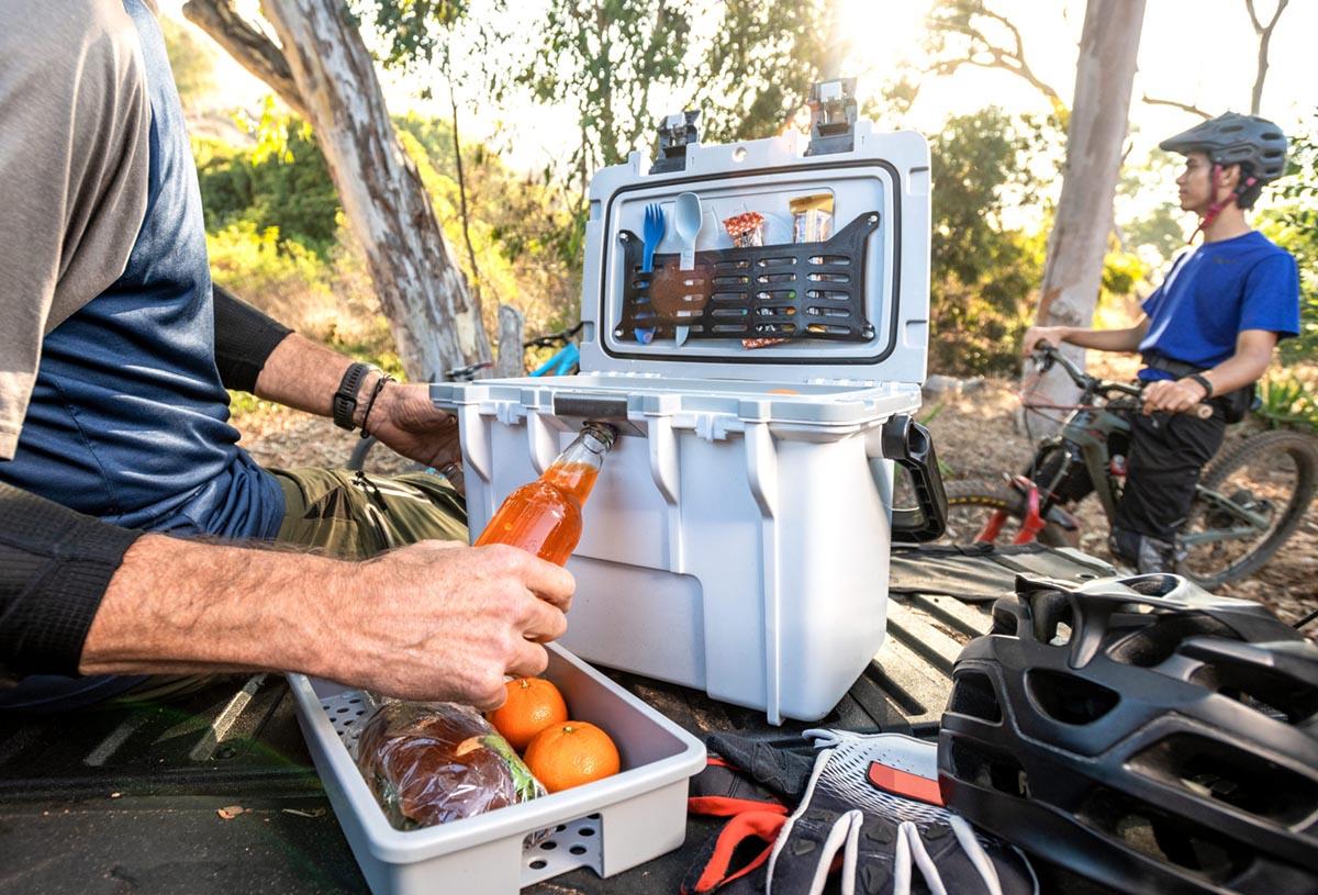 pelican picnic camping 14qt cooler