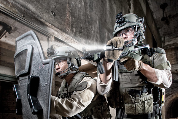 pelcian tactical flashlight swat lapd