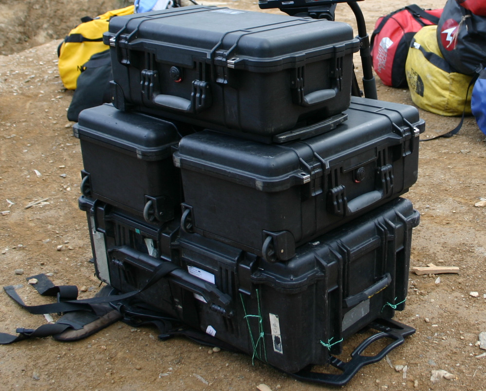 pelican discover survival story riobotz cases