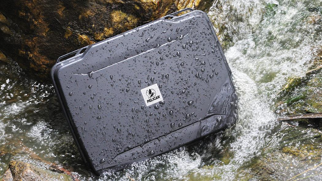 pelican 1075 laptop waterproof case