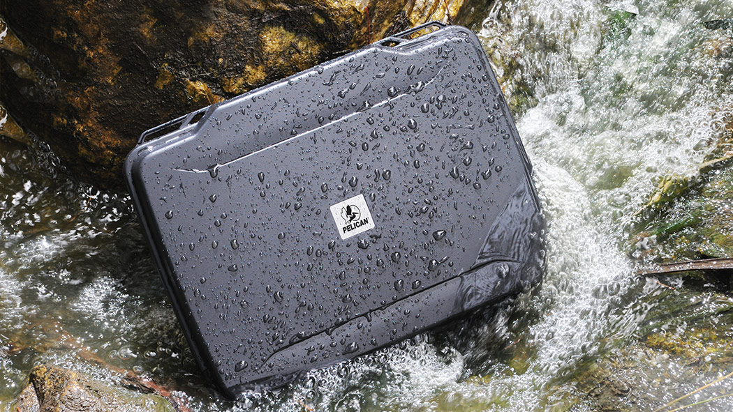 pelican 1085 watertight laptop case