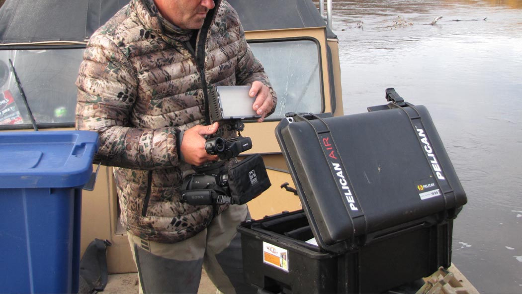 pelican 1535 air camera dslr video case