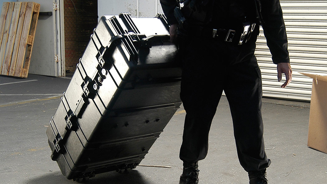 pelican 1780 rolling police weapon case