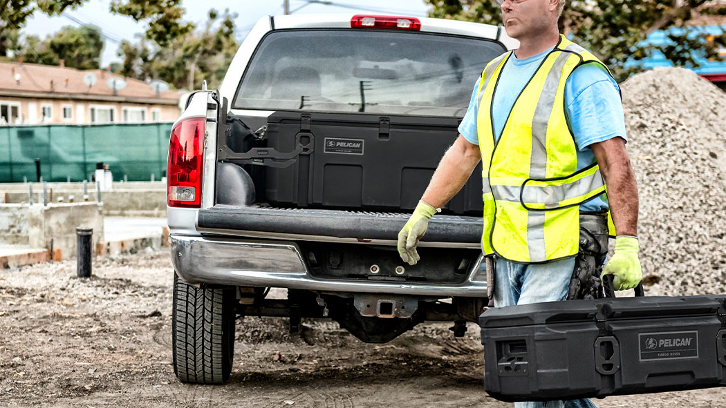 pelican 255 large truck trunk cargo case