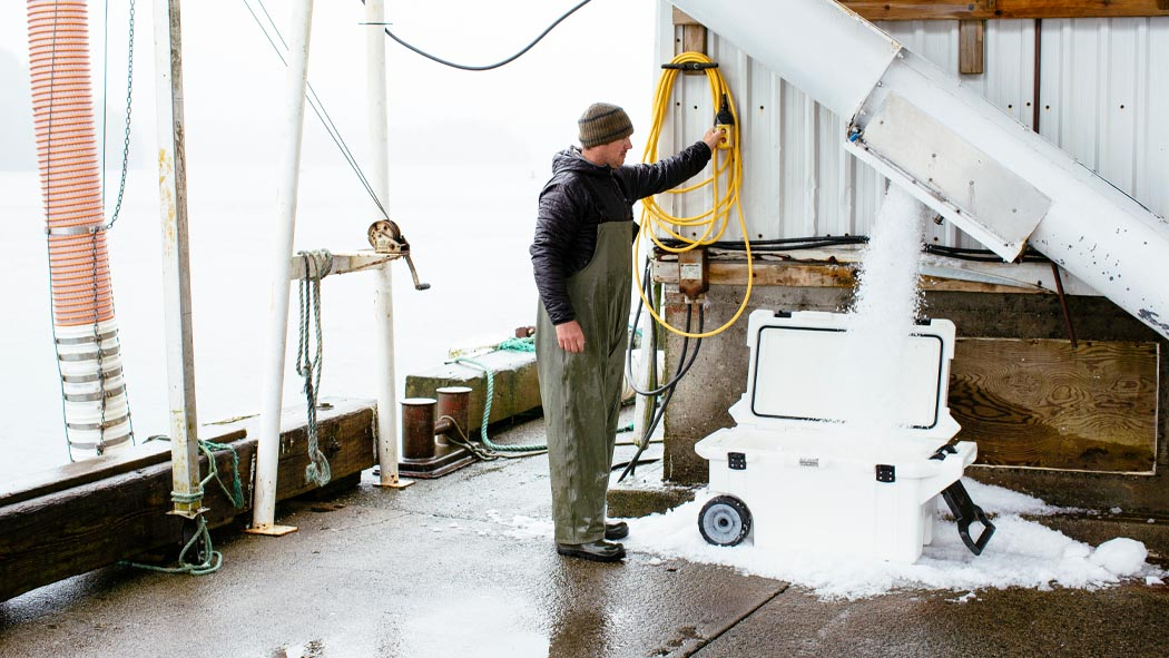 pelican 80qt ice rolling coolers food cooler