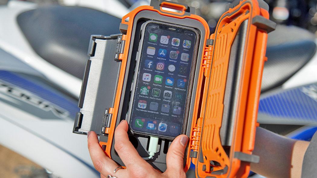 pelican r20 personal phone ruck case