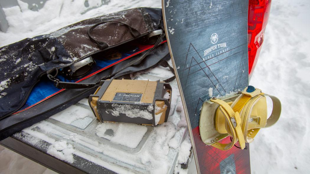pelican r60 large phone wallet tool case