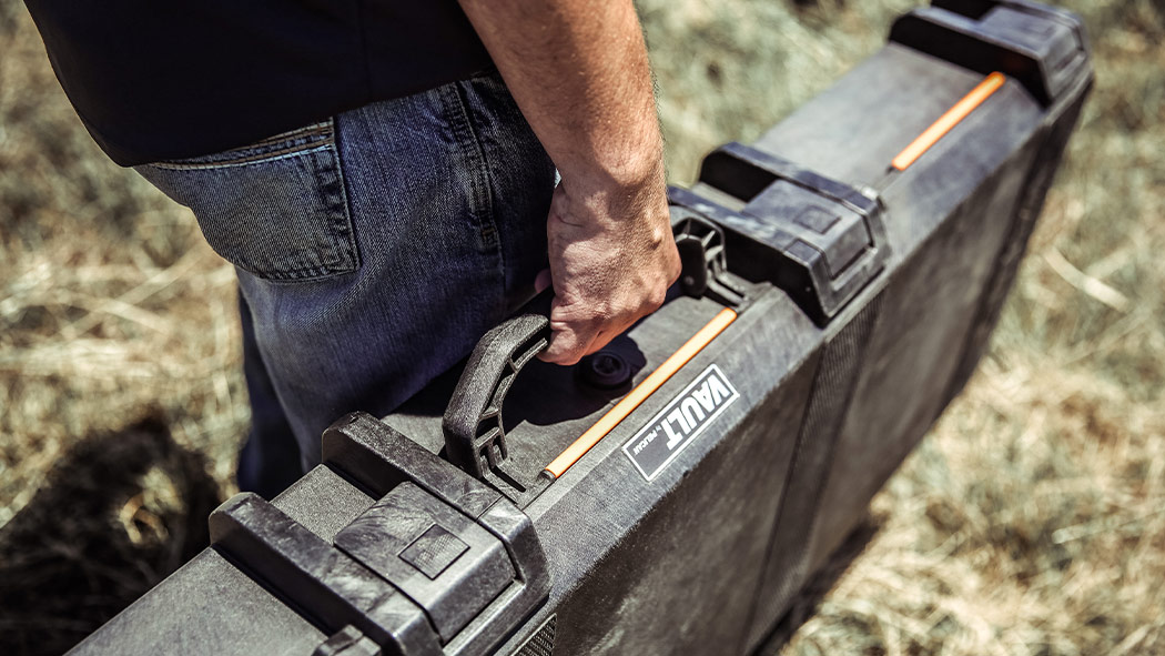 pelican v700 rifle vault case