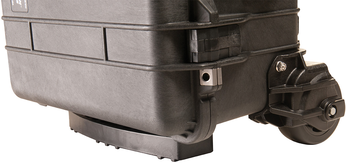 pelican 1560m rugged rolling outdoor case