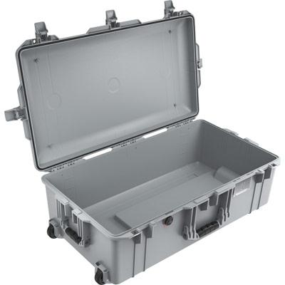 pelican 1615 no foam silver air case