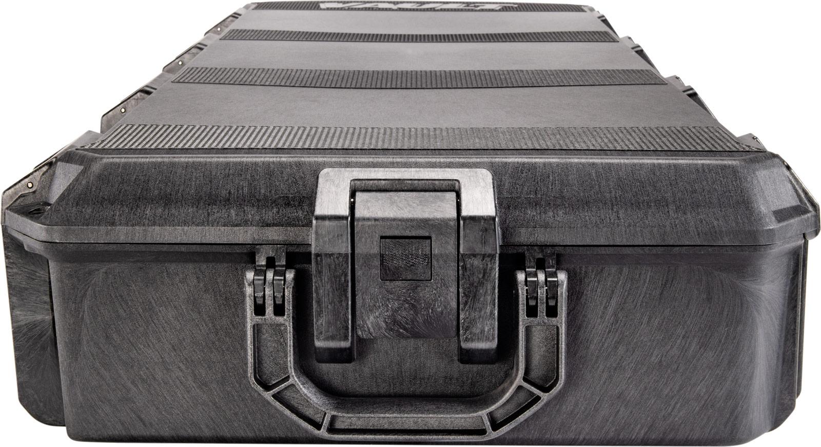 pelican vault v730 wheeled case