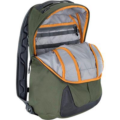pelican mpb25 green laptop book bag